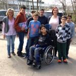 Die AG auf dem Weg zur Baustelle der Klosterbergschule